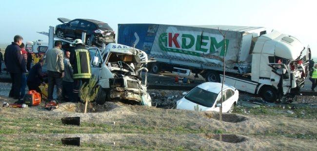 Konya'da zincirleme facia: 9 ölü 23
