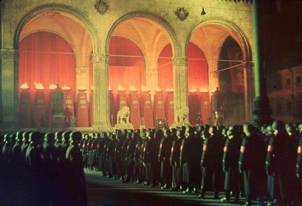 Hitler Almanya'sı 12