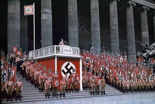Hitler Almanya'sı 14