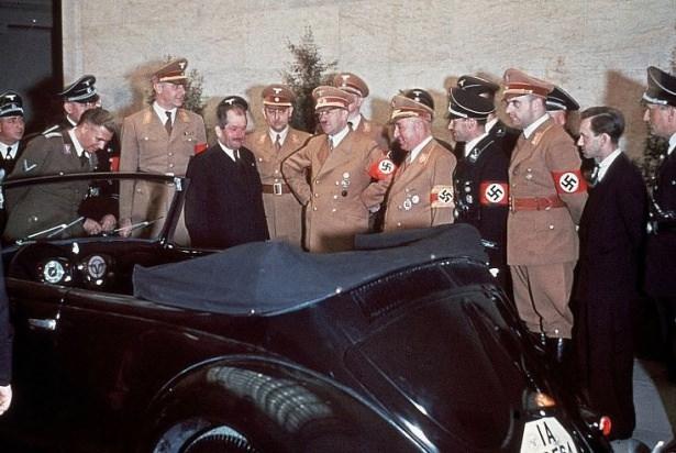 Hitler Almanya'sı 18