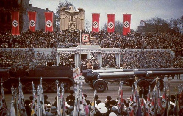 Hitler Almanya'sı 21