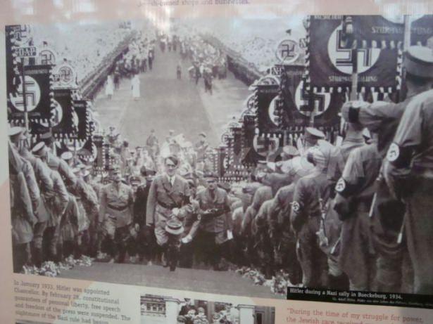 Hitler Almanya'sı 26