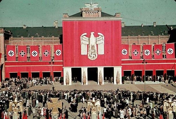 Hitler Almanya'sı 9