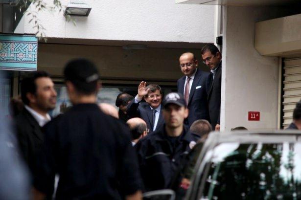 Başbakan Davutoğlu çocuklara harçlık dağıttı 12