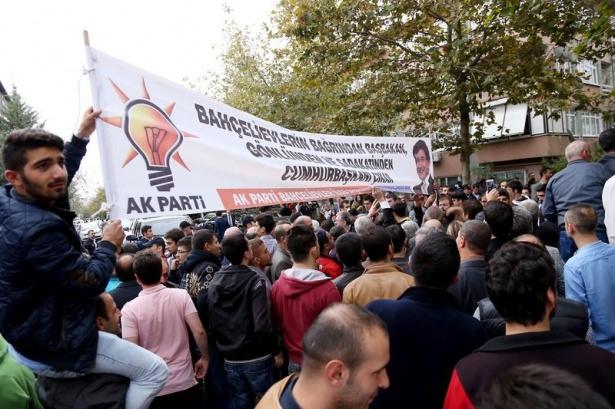 Başbakan Davutoğlu çocuklara harçlık dağıttı 16