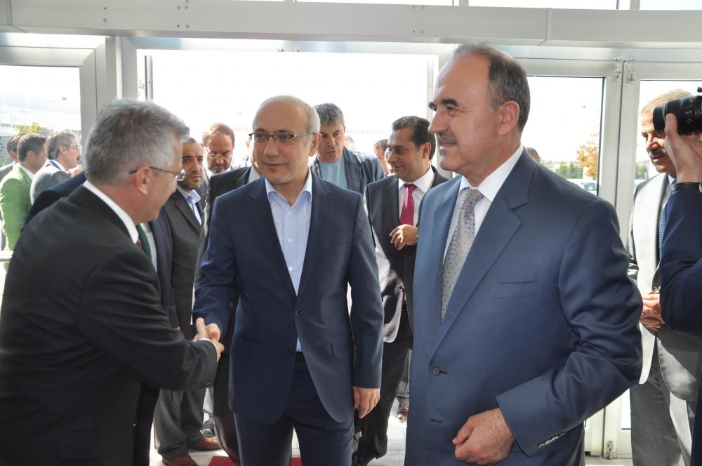 Bakan Elvan Konya'da bayramlaştı 1