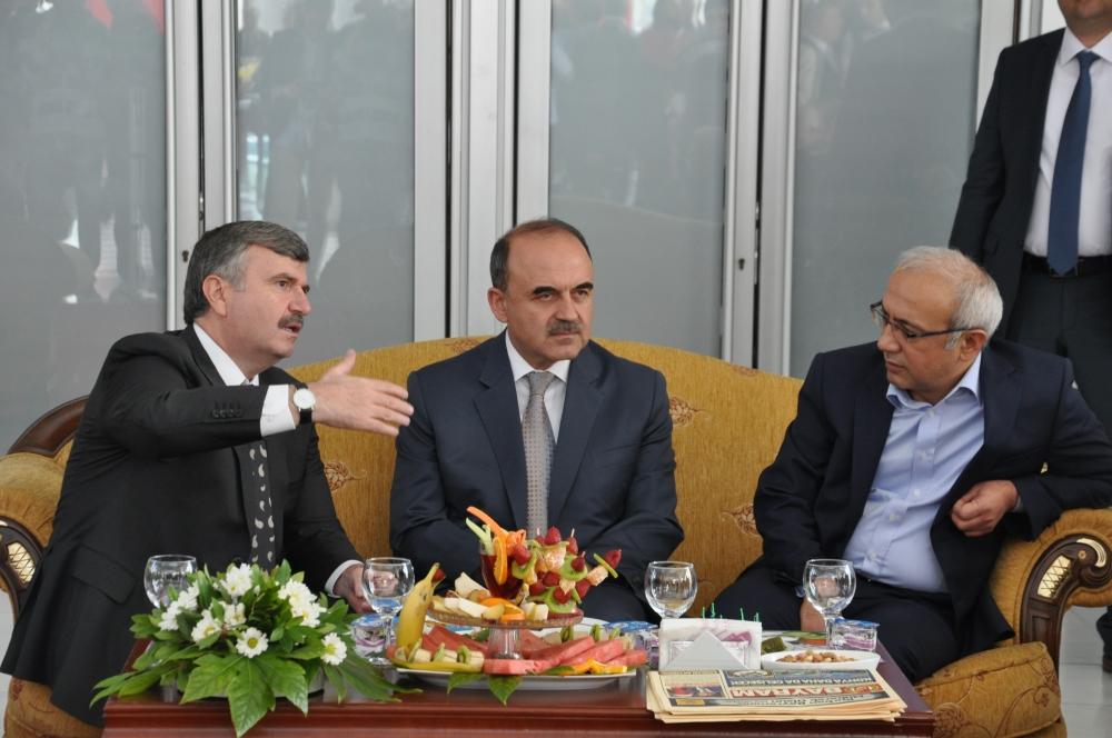 Bakan Elvan Konya'da bayramlaştı 5
