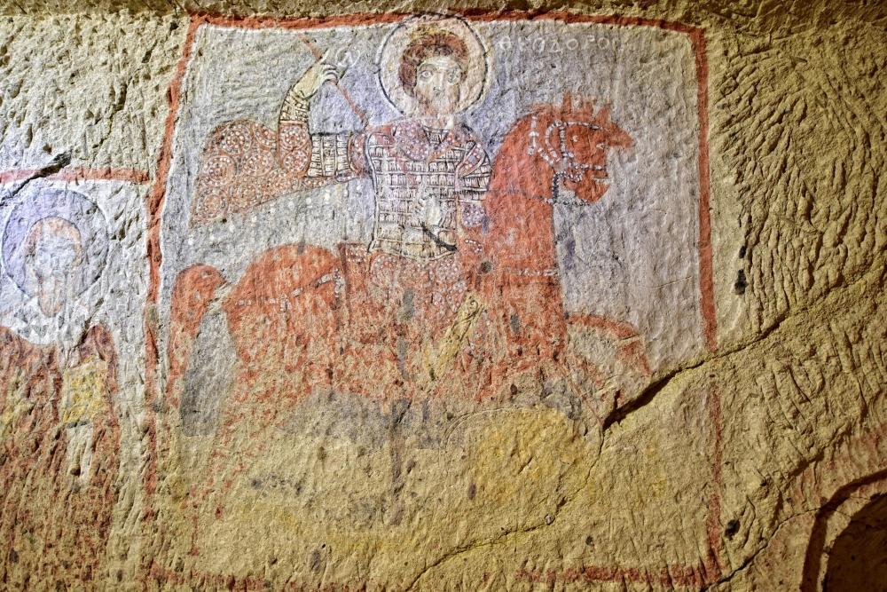 Bin yıllık freskleri turistlerin ilgisini çekiyor 10