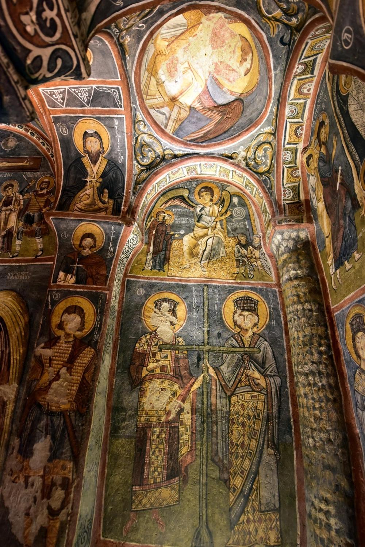 Bin yıllık freskleri turistlerin ilgisini çekiyor 15