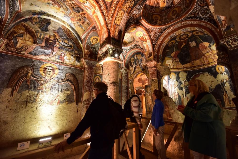 Bin yıllık freskleri turistlerin ilgisini çekiyor 20