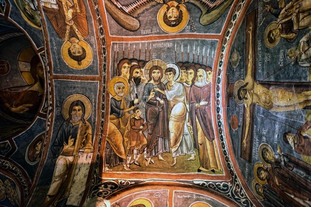 Bin yıllık freskleri turistlerin ilgisini çekiyor 24