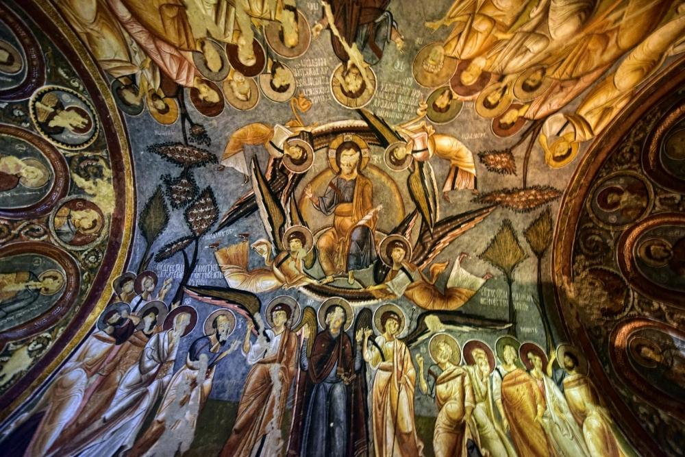 Bin yıllık freskleri turistlerin ilgisini çekiyor 25