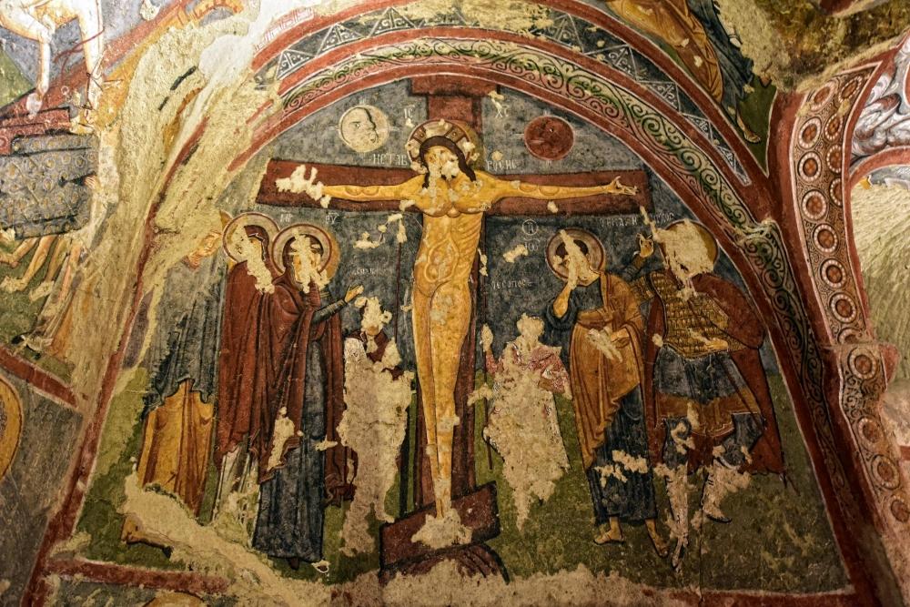 Bin yıllık freskleri turistlerin ilgisini çekiyor 35