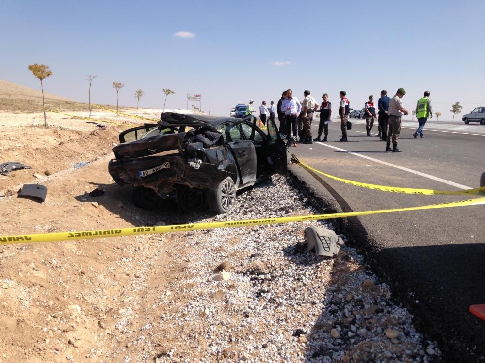 Konya'da otomobil devrildi: 1 ölü, 6 yaralı 2