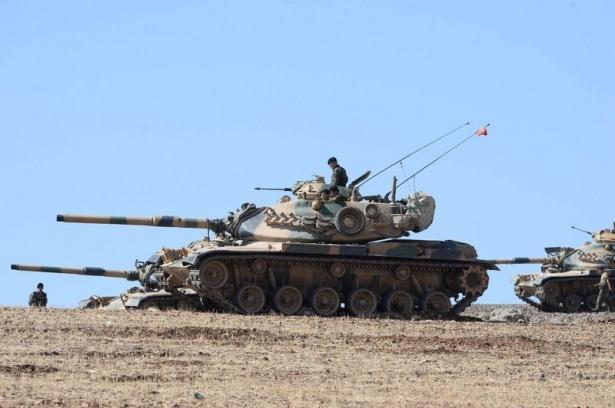 Türkiye'den Suriye sınırına tank duvarı 15