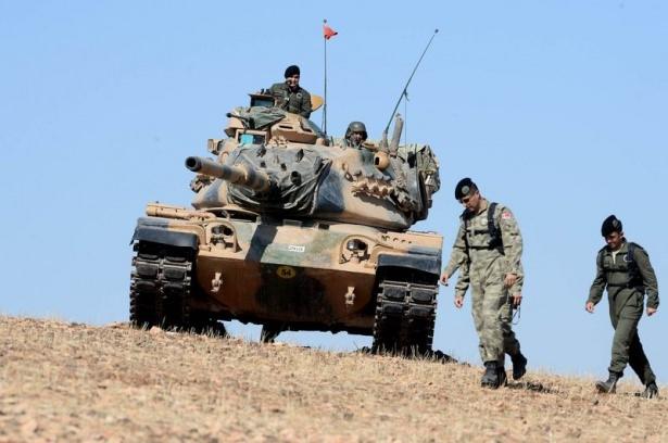 Türkiye'den Suriye sınırına tank duvarı 22