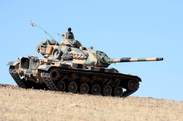 Türkiye'den Suriye sınırına tank duvarı 26