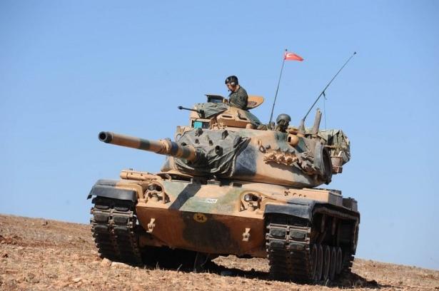 Türkiye'den Suriye sınırına tank duvarı 31