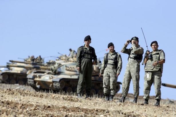 Türkiye'den Suriye sınırına tank duvarı 36
