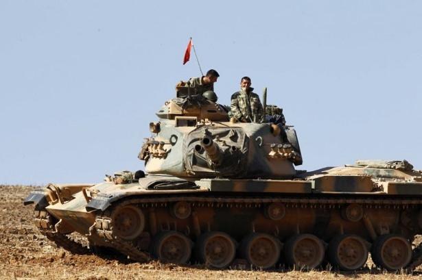 Türkiye'den Suriye sınırına tank duvarı 38
