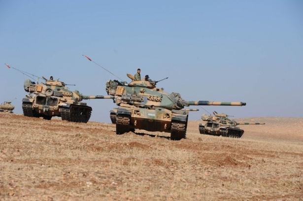 Türkiye'den Suriye sınırına tank duvarı 4