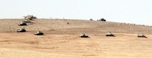 Türkiye'den Suriye sınırına tank duvarı 6