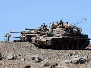 Türkiye'den Suriye sınırına tank duvarı