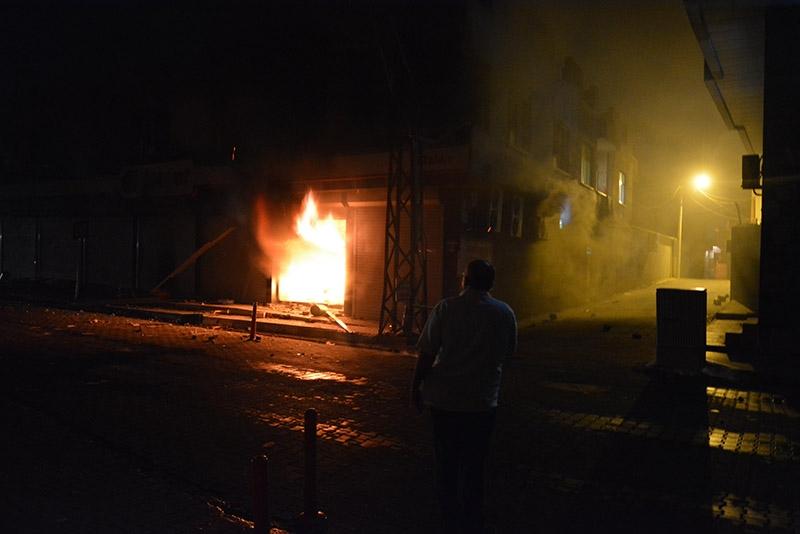 IŞİD bahanesiyle yaktılar yıktılar 34