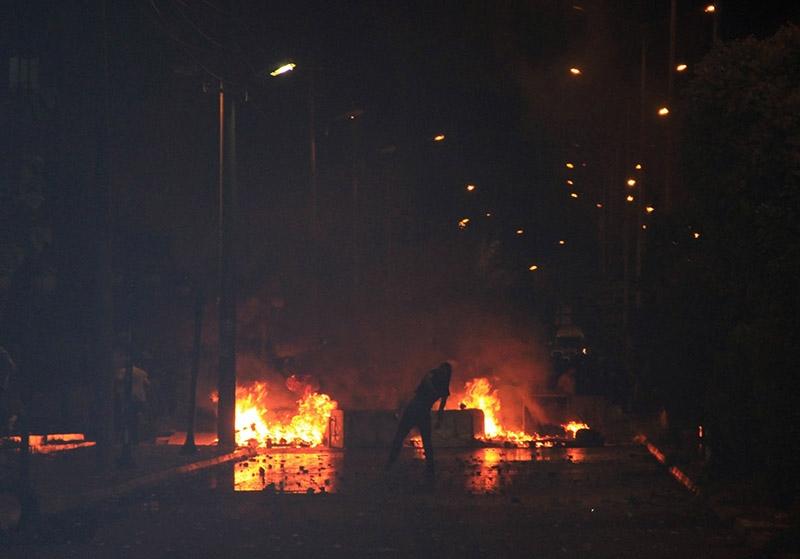 IŞİD bahanesiyle yaktılar yıktılar 4