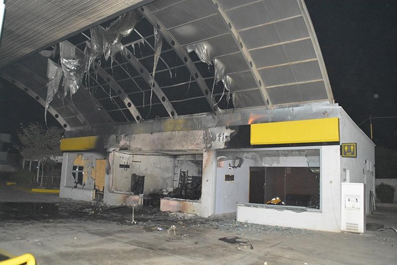 IŞİD bahanesiyle yaktılar yıktılar 73