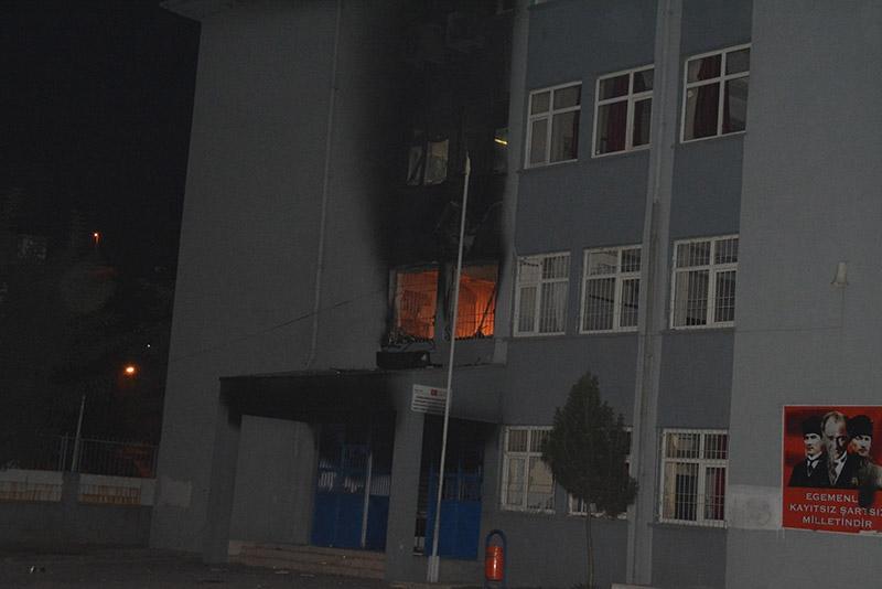 IŞİD bahanesiyle yaktılar yıktılar 82