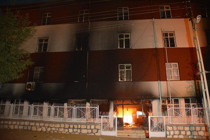 IŞİD bahanesiyle yaktılar yıktılar 84
