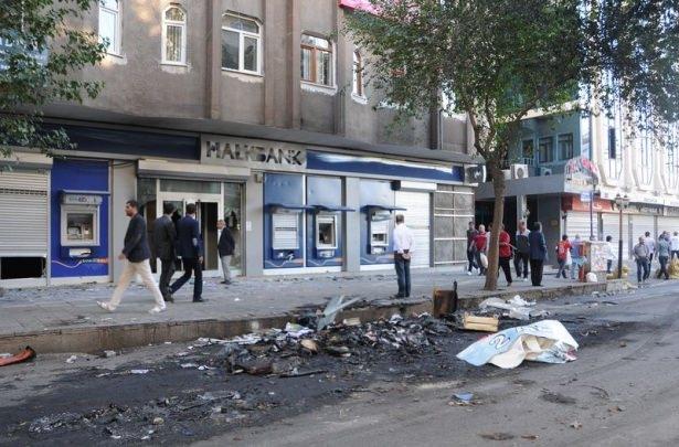 IŞİD bahanesiyle izinsiz gösteriler 25