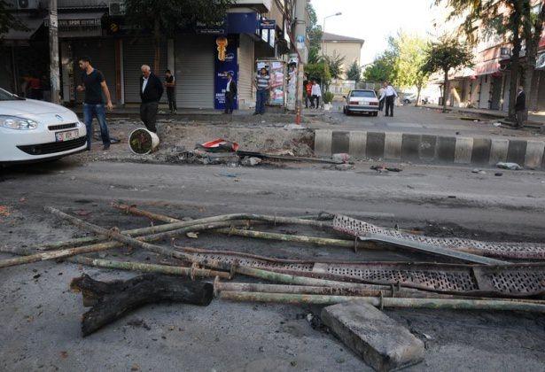 IŞİD bahanesiyle izinsiz gösteriler 32