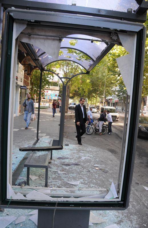 IŞİD bahanesiyle izinsiz gösteriler 35