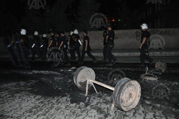 IŞİD bahanesiyle izinsiz gösteriler 82