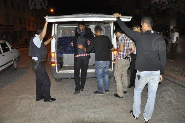 IŞİD bahanesiyle izinsiz gösteriler 85