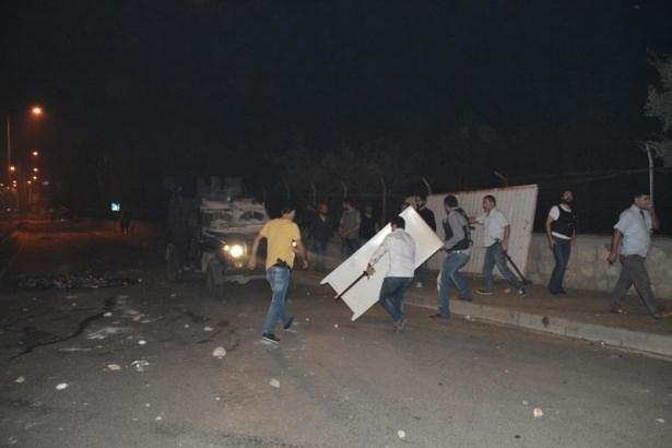 IŞİD bahanesiyle izinsiz gösteriler 97