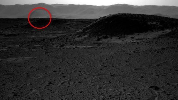 Curiosity'nin Mars'tan çektiği fotoğraflar 1