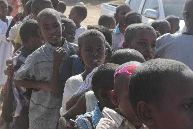 Afrika'nın en büyüğü Sudan'da bayram 25