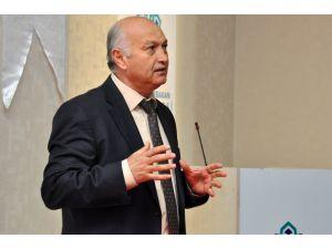 """NEÜ'de """"Çağdaş Malzeme Yönetimi Teknikleri"""" konferansı"""