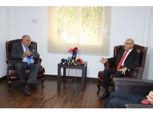 Başbakan Yardımcısı Türkeş KKTC'de
