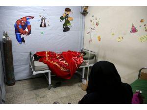 Kuşatma ve bomba altındaki Guta'daki kanser hastaları