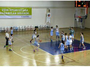 Eskişehir'de okullar arası dostluk maçı