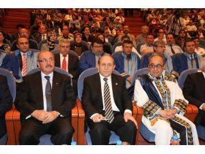 """""""Yeni Anayasa ve Başkanlık Sistemi"""" Paneli"""