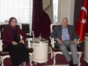 Özkul'dan Toru'ya destek