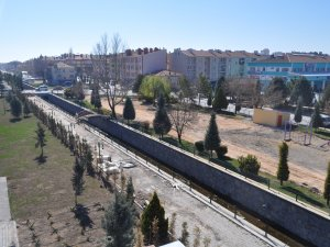 Cihanbeyli'de Vedat Kora Parkı dizayn ediliyor
