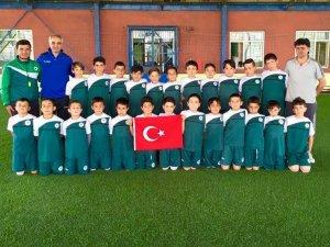 Konyaspor futbol okullarında 23 Nisan kutlaması