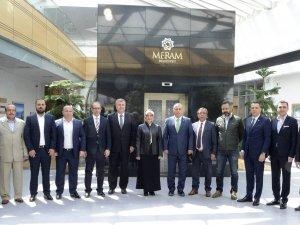Başkan Toru, Konyaspor yönetimini ağırladı
