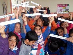 Cihanbeyli Gençlik Meclisi'nin okullara desteği sürüyor